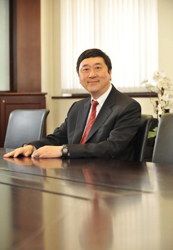 Prof Joseph Sung Jao Yiu (2004-2005)_r